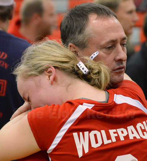 Nicole Beckman looks to dad John for comfort following the loss.
